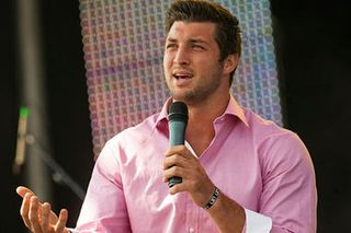 4-9-12-Tim-Tebow_full_380